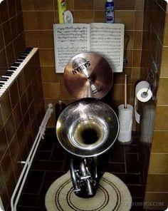 Geniales Studio Wenn Es Auch Lärmschutz Für Nachbarn Gibt Baden Plumbing Toilet Humour