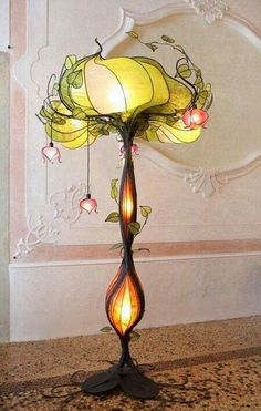 Looks like a Tiffany lamp that came alive!