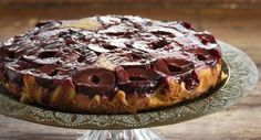 This upside down cake makes the most of the intense flavour and colour of Wattie's Black Doris Plums, beautifully displayed on top when turned out. We love to serve it with Greek-style yoghurt, whi. Sweet Recipes, Cake Recipes, Dessert Recipes, Food In A Minute, Springform Cake Tin, Biscuits, Cinnamon Cake, Cake Tins, Love Cake