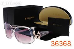 Twist on the classic Aviator & great gift for dad Fashion Now, Only Fashion, Bvlgari Sunglasses, Sunglasses Women, Cool Glasses, Eye Glasses, Great Gifts For Dad, Belt Purse, Vintage Shoes