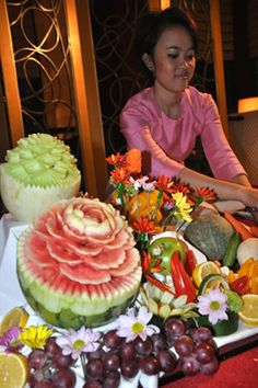 Thai Melon Carvings are [art of the festive decorations at the Sonkgran Festival.