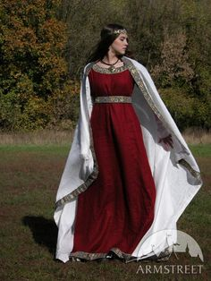 Medieval Franks Dress (style popularized during Charlemagne's reign. {ArmStreet}