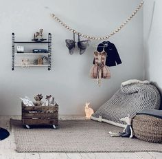 Love the scandi styling of this kids room and the Zilalila chunky knit NEST beanbag in gray... the perfect place to cuddle up and read stories together. Link to buy beanbags in Bio. #afterpay #zippay #buynowpaylater #scandistyle #scandikids #chunkyknit #grey #zilalilanest #beanbag #afterpay #zippay #buynowpaylater