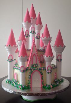 My First Attempt At A Castle Cake! project on Craftsy.com