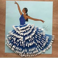 Resultado de imagen de vestidos para dibujar con cosas reciclables