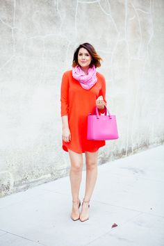 Love this dress so much. I think it would look great as a short sleeve dress too. (Loving the color).
