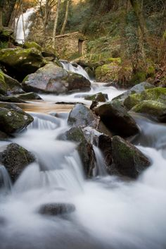 How Do They Do That? Silky Smooth Waterfalls And Streams.byDigital Photo Secrets
