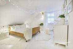23  paź, 2015 Biała sypialnia, czyli jak połączyć lata 50-te z IKEA