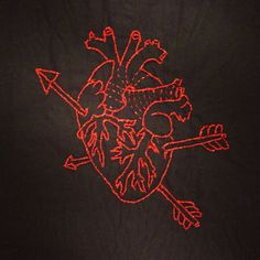 Anatomical #heart #coeur #embroidery #broderie #diy #red