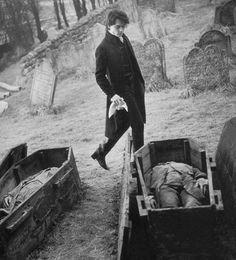 Джонни Депп как Иохаведа Кран в Sleepy Hollow.