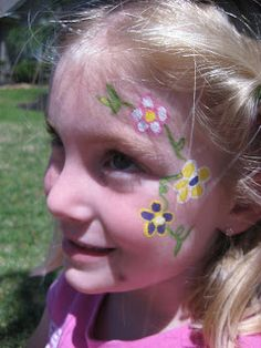 DIY Flower Face Paint #DIY #FacePainting #CheekArt #Flowers #Birthdays #Birthday #Party #Parties