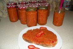 Zacusca Hungarian Recipes, Hungarian Food, Romanian Recipes, Romanian Food, Meatloaf, Salsa, Health Fitness, Jar, Breakfast