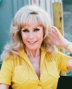 Barbara Eden Posters and Photos 242106 I Dream Of Jeannie, Old Actress, Actress Photos, Barbara Eden, Female Actresses, Celebrity Gossip, Celebrity Style, Celebrity Pictures, Celebs