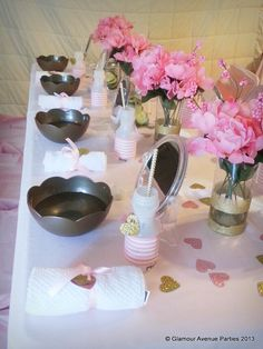 Pretty table settings at a Pink Gold Spa Party (love the bowls! Girls Pamper Party, Spa Day Party, Girl Spa Party, Sleepover Birthday Parties, Birthday Party Themes, Bachelorette Parties, Teen Parties, Birthday Ideas, Mary Kay Party