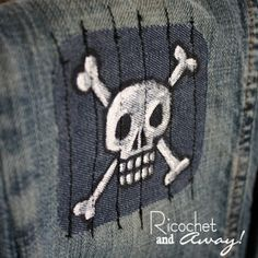 Ricochet and Away!: Painted Patches: A cool project for boys. Sewing Projects For Kids, Sewing For Kids, Sewing Crafts, Fabric Crafts, Diy Patches, Cool Patches, Embroidery Patches, Machine Embroidery, Embroidery Ideas