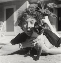 #Cats | Gloria Grahame with Siamese cat