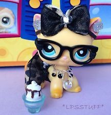 Littlest Pet Shop made Outfit - These cloths are hand made and should be taken care of!