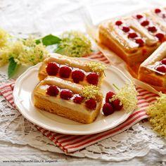 Hollersirup-Joghurt-Schnitten Waffles, Cheesecake, Breakfast, Desserts, Food, Yogurt, Schokolade, Pies, Cakes
