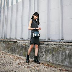 ドロップスナップ!山本奈衣瑠, モデル | Droptokyo Korea Street Style, Japan Street, Japanese Streets, Japanese Street Fashion, Yamamoto, Japanese Girl, Black Hair, Leather Skirt, Womens Fashion