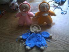 Zwaantje Creatief: Gratis patroon van mijn knuffel popje; ook wiegje met kleiner knuffelpopje.