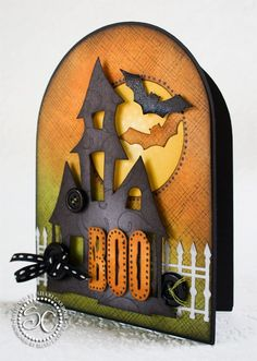 handmade Halloween card. ( Pinterest Link doesn't work.) ... machine cut  ... like the domed top and lighthearted feel .... great card!!