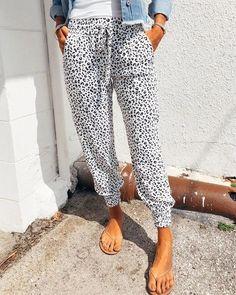The Breezy Leopard Joggers Leopard Print Pants, Trend Fashion, Women's Fashion, White Leopard, Loose Pants, Leopard Pattern, Drawstring Pants, Bermuda, Printed Pants