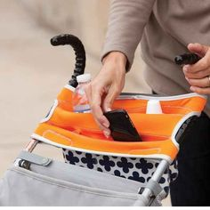 Keep your belongings in a zippered storage pouch made specially for strollers.