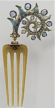 Lalique Hair comb Like the spikey spiral, shell like and star like.