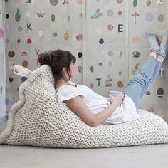Wełniane pufy, jaśki, dywany i kosze do wnętrza | ILOBAHIE