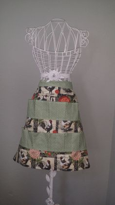 Crochet Egg Apron : ... Images sewing stuff Pinterest Apron Patterns, Aprons and Eggs