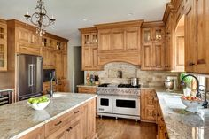 Supreme Kitchen Remodeling Choosing Your New Kitchen Countertops Ideas. Mind Blowing Kitchen Remodeling Choosing Your New Kitchen Countertops Ideas. Hickory Kitchen Cabinets, Granite Kitchen, Kitchen Countertops, Kitchen Tile, Oak Cabinets, Granite Countertops Colors, Granite Worktops, Ranch Kitchen, Maple Cabinets