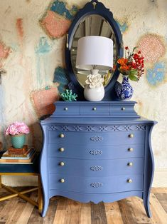 Painting Laminate Furniture, Furniture Painting Techniques, Paint Furniture, Furniture Makeover, Furniture Ideas, Furniture Refinishing, Antique Furniture, Bedroom Furniture, Blue Chest Of Drawers