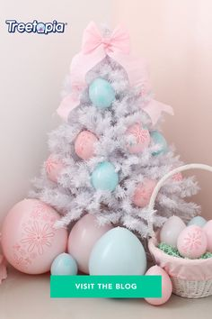 Nothing says Easter party more than these Easter Egg Balloons. Visit the Treetopia blog, and watch how to create these DIY balloons ornaments and tree skirt for your Easter, birthday, or even gender reveal celebrations at home from @creativeheartstudio! . . . #Treetopia #Easter #easterideas #easterdecor #diyballoons #DIY #balloon #eastercrafts #decoratingideas #homedecor #Easter #easterbunny Easter Tree, Easter Eggs, Balloon Tree, White Christmas Trees, Egg Tree, Pink Trees, Foam Crafts, Easter Party, Latex Balloons