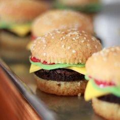 burguer cupcakes