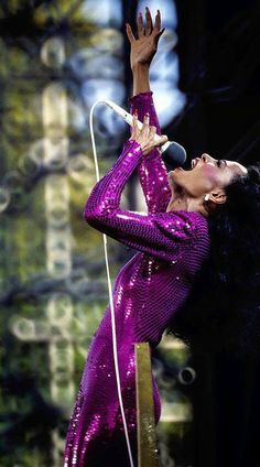 Diana Ross Sings in the Rain (Live in Central Park, NYC 1983).