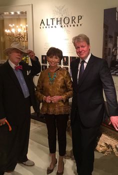Leo Dowell Interiors — Designer Leo Dowell with Barbara McKay and Lord. European Style Homes, European Fashion, Leo, Interiors, Interior Design, Nest Design, Home Interior Design, Interior Designing, Decoration Home