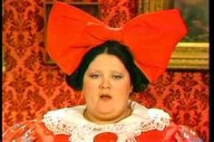 This is LuLu Roman. She was on Hee Haw. She is amazing comedic timing. Some say she has better timing than Lucille Ball. But the people who say it area dumb as fuck! 70s Tv Shows, Tv Shows Funny, Cartoon Tv Shows, Hee Haw Show, Grandpa Jones, Hillbilly Party, Dinner Theatre, Grand Ole Opry, Lucille Ball