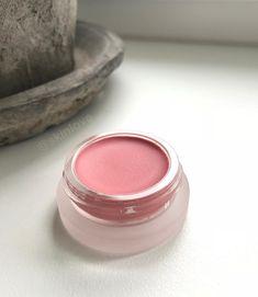 Bloom🌸🌿Den perfekte rosa på leppene🤩 RMS lipshine✨ #skinloveno Blush, Beauty, Instagram, Rouge, Brushes, Cosmetology, Blush Dupes