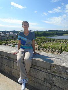Fotografía: Wirber Hernandez - Versalles - Circuito Panorama Europeo White Jeans, Pants, Fashion, Versailles, Circuit, Pictures, Trouser Pants, Moda, Fashion Styles