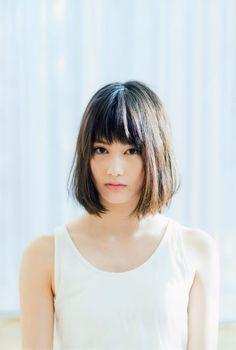 橋本 愛 Ai Hashimoto Japanese actress My Hairstyle, Hairstyles With Bangs, Girl Hairstyles, Japanese Beauty, Asian Beauty, Japanese Sweet, Japanese Girl, Hair Styles 2014, Short Hair Styles
