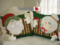 A little something I found on another site. Christmas Decorations To Make, Holiday Decor, Winter Quilts, Tablerunners, Tree Branches, Christmas Stockings, Art Pieces, Throw Pillows, How To Make