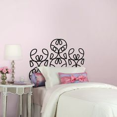 #DIY Headboard #Tutorial for single bed using removable wall decals designed by @notneutralpin.