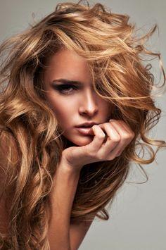 super schöne frisur - braun blond wirken