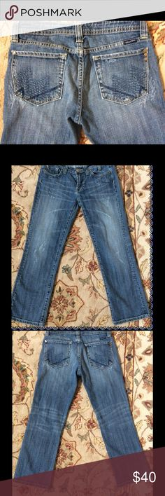 SALE🎉 Miss Me Sz. 29 color : Sylmar Miss me Size 29-Enjoy the fit and quality of the Miss Me jeans in a simpler fashion. Inseam is 27.can be cuffed and made into capris also.           Item#(79150) Miss Me Jeans Boot Cut