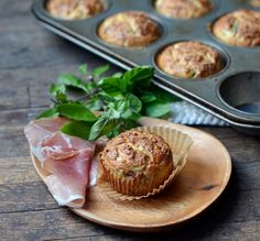 High protein breakfast muffins - I'm so bad about eating breakfast so I might have to try preparing these ahead of time.