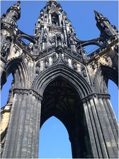 Gothic architecture | The Bach  Walter Scott Monument, Edinburgh