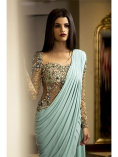 indian fashion Anarkali -- Click visit link above for more info India Fashion, Asian Fashion, Look Fashion, Fashion Beauty, Tokyo Fashion, Ethnic Fashion, Indian Attire, Indian Wear, Indian Style