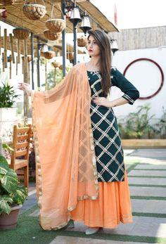 Indian kurta dress With dupatta pant Flare Top Tunic Set blouse Combo Indian Fashion Dresses, Dress Indian Style, Fashion Outfits, Trendy Fashion, Suit Fashion, Punjabi Suits Designer Boutique, Indian Designer Suits, Designer Party Wear Dresses, Kurti Designs Party Wear