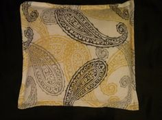 Paisley Corn pillow to use as an ice pack or heating pad.  No leaky ice and no electric chords!