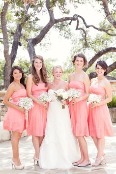 Coral bridesmaid dresses & simple bouquets @ Wedding-Day-BlissWedding-Day-Bliss